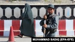 Një pjesëtar i forcave afgane. Foto nga arkivi.