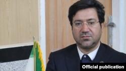 قوه قضائیه جمهوری اسلامی سال گذشته اعلام کرد که منوچهر قائدی مجموعا به ۳۱ سال و شش ماه زندان محکوم شده است