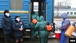 У Донецьку ще на початку листопада запровадили дезінфекцію транспорту