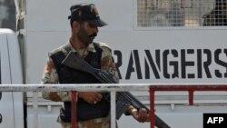 په کراچۍ کې د پاکستان امنیت ساتونکي