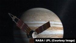 """""""Жуно"""" космостук аппараты Юпитердин жанында."""