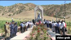 Митинг-реквием в память о погибших в июньских событиях 2010 года около завода «Санпа», 2016 г.