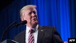"""Tramp je Abeu rekao da ekonomska razmena između dve zemlje treba da bude """"slobodna i recipročna"""""""