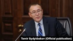 Вице-премьер-министр Толкунбек Абдыгулов.
