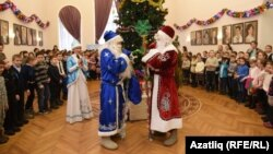 Тинчурин театрында Кыш бабай һәм Дед Мороз