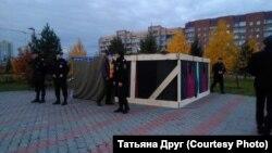 Снос палатки дольщиков в Красноярске