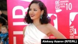 Казак актрисасы Асел Сагатова.