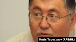 Рысбек Сарсенбай, Жаңаөзен оқиғасын зерттеу үшін құрылған қоғамдық комиссияның өкілі. Алматы, 23 сәуір 2012 жыл.