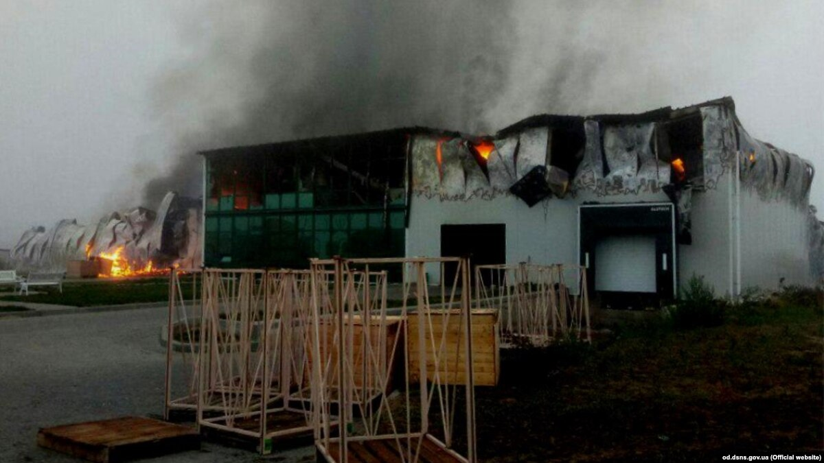 Одесчина: ГСЧС ликвидировала пожар на предприятии «Агропатріот»