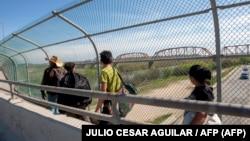 Мост памід Мэксыкай і ЗША