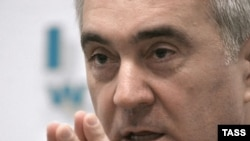 Оппозиция винит в гибели Евлоева президента Ингушетии Мурата Зязикова