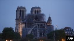 """Катедралата """"Нотр Дам"""" след пожара."""