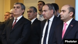 Armenia - The leaders of the opposition Yelk bloc -- Aram Sarkisian (L), Nikol Pashinian (C) and Edmon Marukian (R) -- attend an event in Yerevan, 14Fen2017.