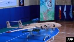 نمایی از «پهباد جدید» ایران که سپاه میگوید مسلح به موشک هوا به هوا میشود.