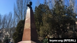 Керч, пам'ятник Тарасу Шевченку