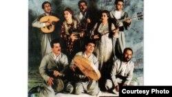 """فرقة """"كمكرس"""" التراثية الكردية"""