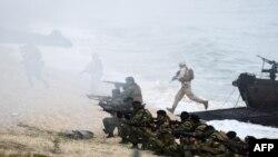 НАТО әскерінің Португалия аумағында өткізген Trident Juncture жаттығуы. 5 қараша 2015 жыл.