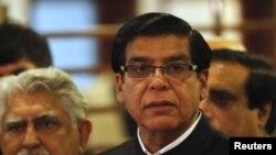 اتهام راجه پرویز اشرف فساد در جریان اجرای پروژه تولید برق «رنتال» عنوان شده است.