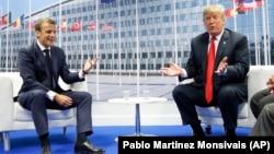Emanuel Makron i Donald Tramp