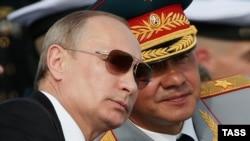 Путин ва Шойгу. Июли 2014
