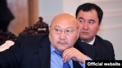 Алымбай Султанов.