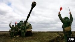 ارتش روسیه دست به انجام رزمایش نظامی در نزدیک مرز آن کشور با اوکراین زده است؛ آنچه انتقاد چندباره غرب را همراه داشته است