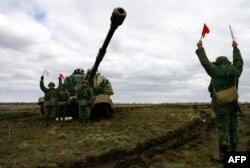 Rusiya ordusu hərbi təlimlərdə - 2014