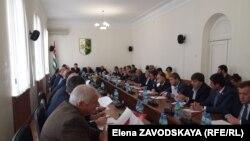 Первое заседание осенней сессии началось с внесения изменений в закон «О налоге на прибыль организаций»