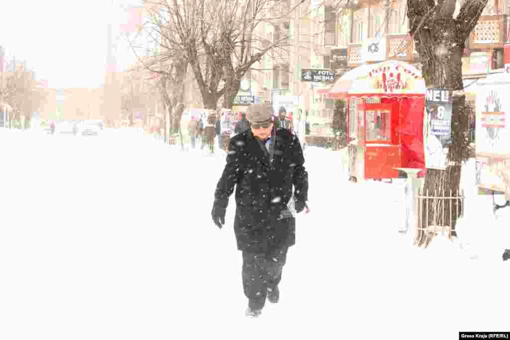Sneg u Prištini
