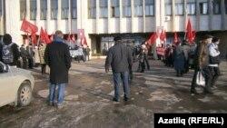 Хакимият каршындагы урам җыены. Чаллы, 6 март, 2012 ел