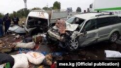 Бишкек-Торугарт жолундагы эки кишинин өмүрүн алган жол кырсыгы.