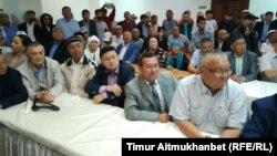 Участники «Народного собрания» — «Халық құрылтайы». Нур-Султан, 1 июня 2019 года.