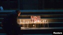 Представители правопреемников потерпевших утверждают, что убийство было преднамеренным, однако пока избегают говорить о заказном убийстве, а родственников все больше терзают сомнения