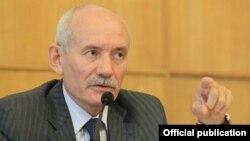 Башқұртстанның президенті Рүстем Хамитов