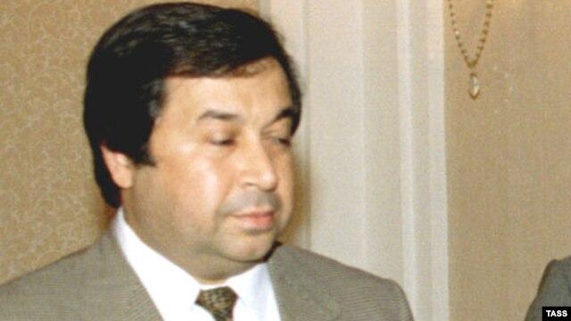 Shikhmuradov in 1997