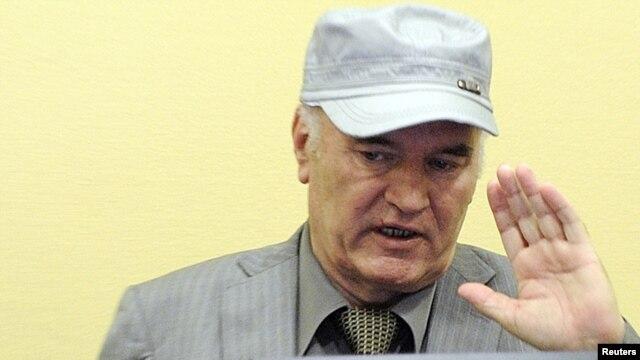 Ratko Mladić u sudnici Haškog tribunala, 03.06.2011.