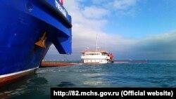 Усі судна були під прапором Російської Федерації. Загалом цими суднами здійснено 70 заходів до портів Севастополя та Керчі