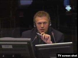 Mevludin Sejmenović tokom svjedočenja u Haškom sudu, 18. studenog 2010