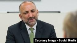 د افغانستان د بهرنیو چارو سرپرست وزیر محمد حنیف اتمر