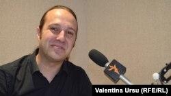 Jurnalistul Mădălin Necșuțu