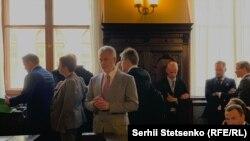 Dmitri Firtash pred austrijskim sudom