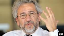 جان دوندار روزنامهنگار ترکیهای