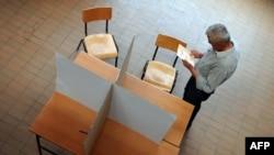 Glasanje u drugom krugu predsedničkih izbora, Beograd, maj 2012.