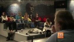 """Загадочная группа """"Сеть"""" ведет в сети пропаганду в пользу России"""
