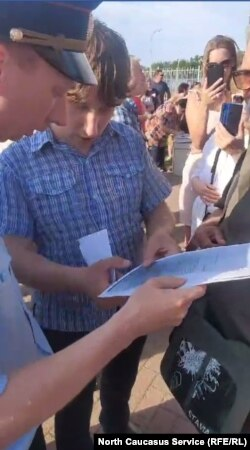 Задержание депутата в Ейске, 22 июня