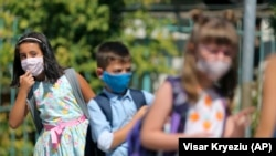 PHOTO GALLERY: Back To School Amid The COVID-19 Pandemic