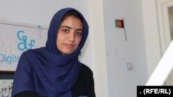 سمیه فاروقی، کاپتان تیم دختران روباتیک افغانستان