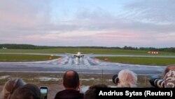 Întreaga lume a privit uimită deturnarea avionului în care se afla jurnalistul Roman Protasevici. Acum, Uniunea Europeană dorește să impună sancțiuni dure asupra unor persoane și entități din Belarus.