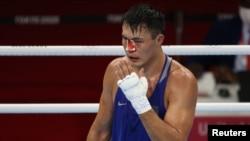 Қанаған мұрын, нокдаун. Қазақстан боксшысы Қоңқабаев олимпиадада қалай жеңілді?