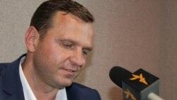 Valentina Ursu în dialog cu candidatul la prezidențiale Andrei Năstase